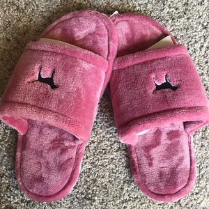 Victoria Secret Pink Slippers (new with tags)